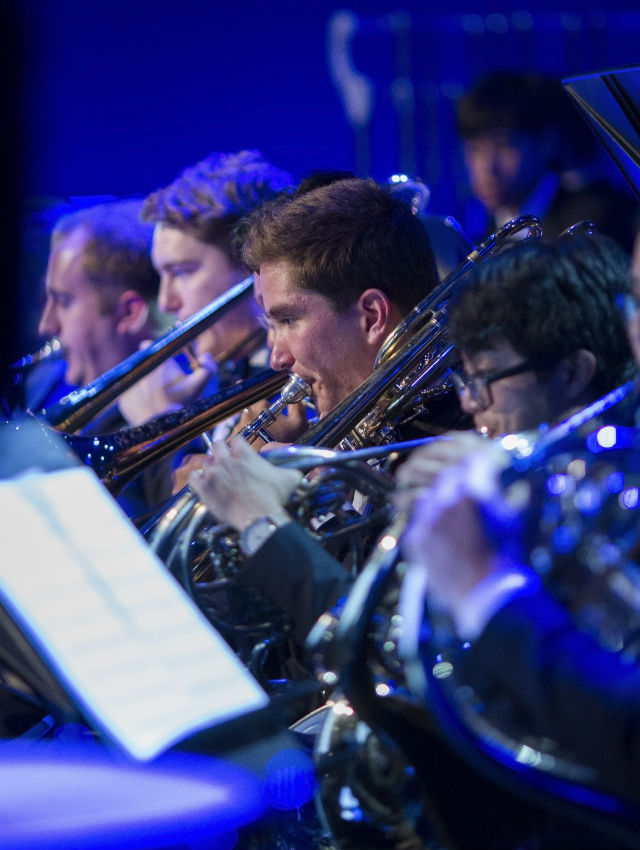 concert-band-side-image