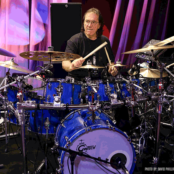 Vinnie Colaiuta<br>Drummer and CBU Commercial Music<br> Steering Board Member